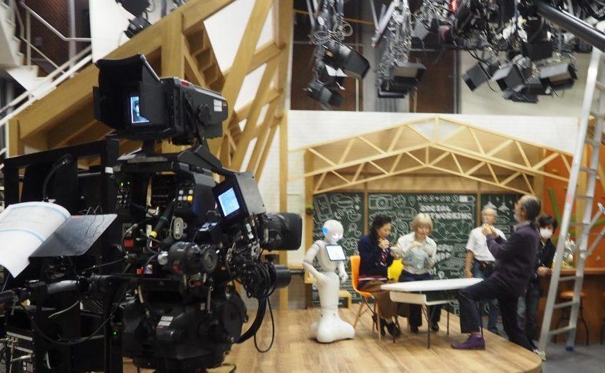 NHK様にも生活革命のなんでも喋るロボがレンタル・派遣されました。 テレビ収録のようなイベントでも活躍します。(但し、台本がある場合には対応が難しい場合があります。)
